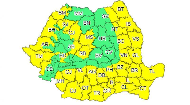 Urmează zile fierbinți! Cod galben de caniculă în Bucureşti şi 35 de judeţe. Ce zone sunt afectate